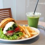 吉祥寺エリア初登場!毎朝店内で焼き上げる、ふんわりと香り高いバンスを使用したハンバーガー