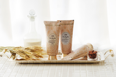 Silky-Body-Milk-Image
