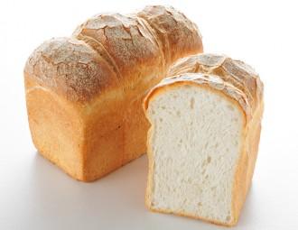 【梅田】朝の山型パン(1本半)