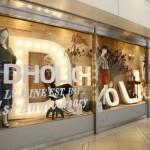 アパレル通販サイト「DHOLIC」初のリアルショップ、 ルミネエスト新宿店が9月4日に1周年を迎え、 アニバーサリーキャンペーンを開催